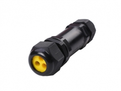 M685 1 in 3 out IP68 waterproof connector